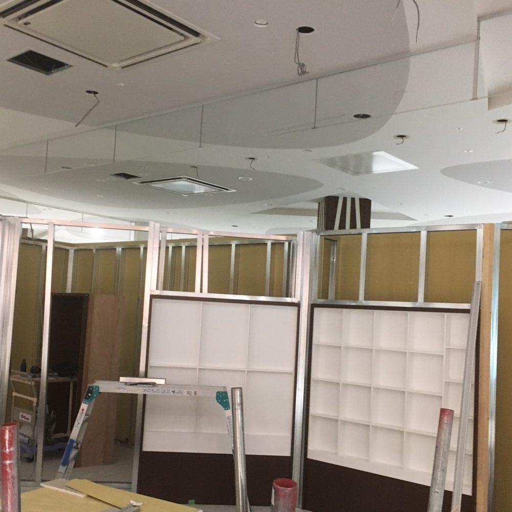 愛知県名古屋市の建築一般工事 リフォーム工事の株式会社松昇の某百貨店 テナント工事(軽鉄、ボード工事