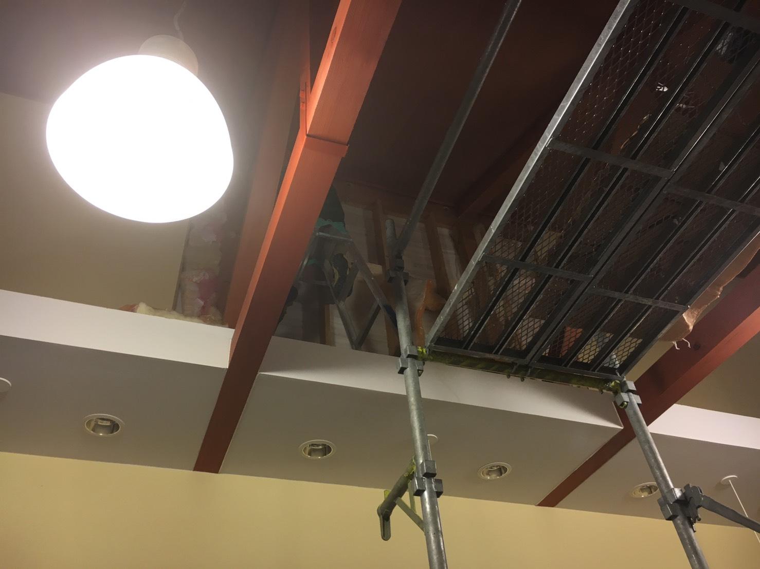 愛知県名古屋市の建築一般工事 リフォーム工事の株式会社松昇の百貨店ボード補修工事