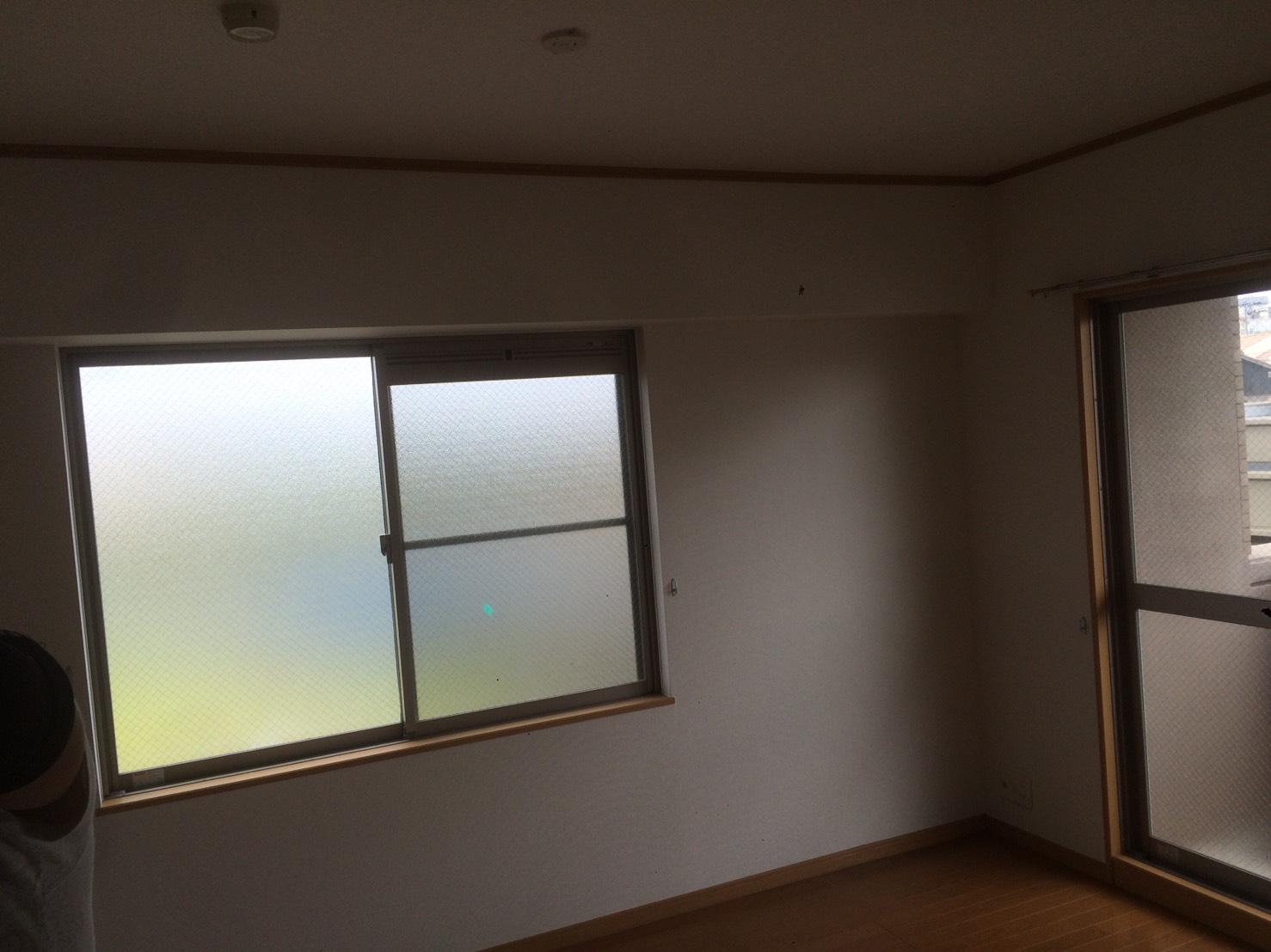 愛知県名古屋市の建築一般工事 リフォーム工事の株式会社松昇のマンション クロス貼り替え工事