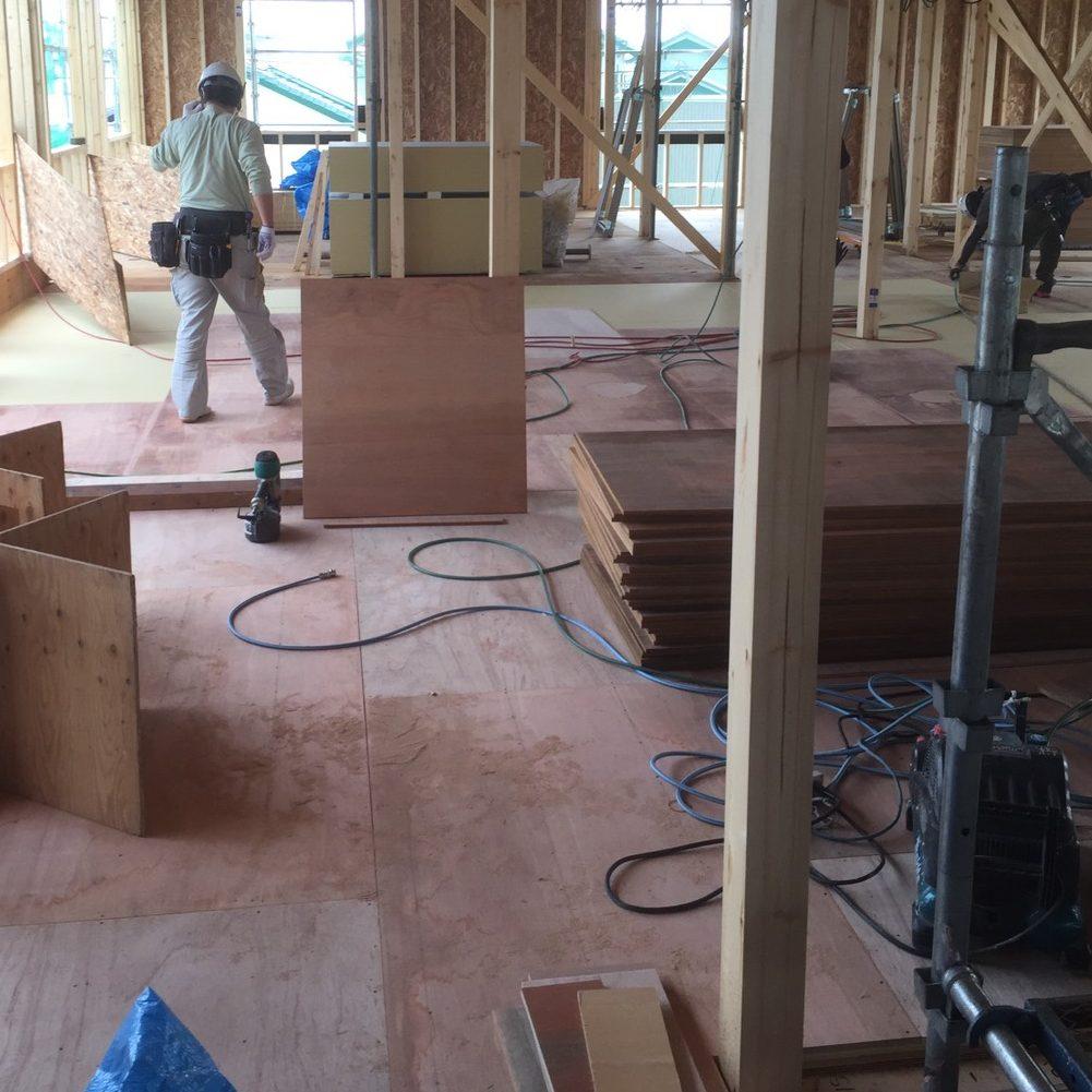 店舗施設の床 合板貼り工事 松昇の成功事例